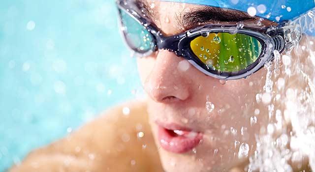 Est-ce possible de vous baignez avec vos lentilles ?