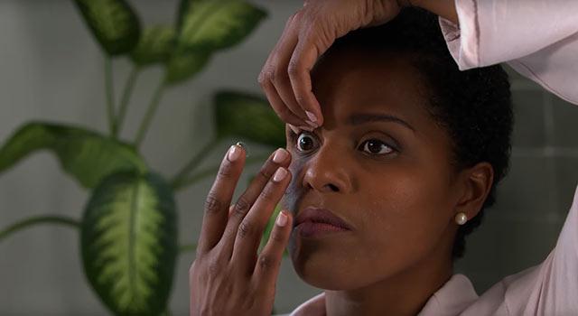 Pourquoi est-ce primordial de nettoyer vos lentilles ?